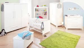 marque chambre bébé chambre bébé puro massif lasuré blanc avec grande armoire
