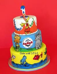 dr seuss birthday cakes 102 best cakes dr seuss images on dr seuss cake dr