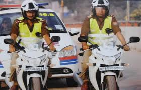 honda cbr bikes in india uttar pradesh cops riding high on honda cbr 250r