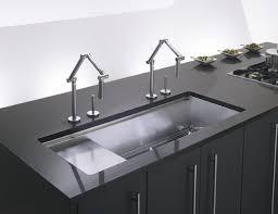 delta bath faucet temperature control