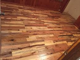Flooring Wood Laminate Pallet Floors U0026 Decks U2022 1001 Pallets