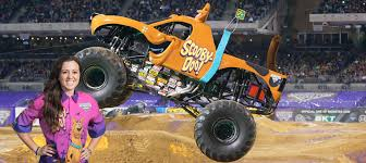 monster truck jams scooby doo u0026 linsey read have impressive monster jam debut