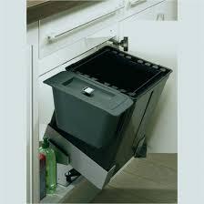 poubelle de cuisine sous evier poubelle cuisine coulissante mervéilléux poubelle coulissante