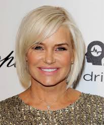yolanda foster bob haircut yolanda h foster medium straight casual bob hairstyle with side