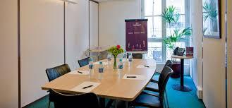louer un bureau à la journée location de salle de réunion et location de bureau temporaire heure