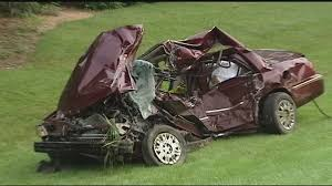 witnesses describe rushing to scene of warren county crash that