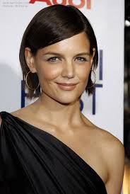 bob hairstyles behind the ears photos of katie holmes new bob hairstyle