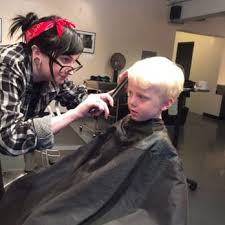 sweeney todd u0027s salon 22 reviews hair salons 2429 lyndale ave