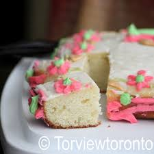 The Smitten Kitchen Cookbook by Torviewtoronto Golden Sheet Cake With Buttercream Icing