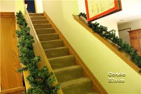Banister Christmas Garland Condo Blues How To Make A Lush Christmas Garland For Free
