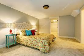 moquette chambre à coucher intérieur de chambre à coucher avec moquette et literie