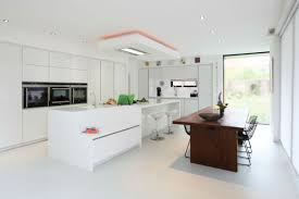 kitchen room 2017 white stain wall white laminated ceramics