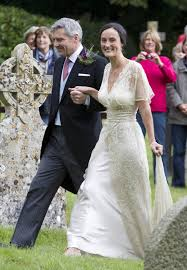michael middleton kate middleton wedding her father michael led the bride down the