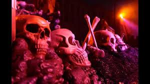 clowns at halloween horror nights demons scary clowns fire pumpkins u0026