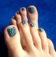 cheetah print nail art design toenails turquoise polish animal