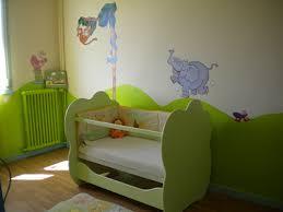 chambre bébé taupe et vert anis deco chambre bebe vert anis famille et bébé
