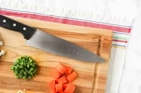 kitchen knife safety tips