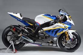 Bmw S1000rr Review 2013 Living With Akrapovic Shorty Vs Long Sound Bmw S1000rr Forums