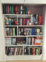 book blogger hop do your bookshelves have any bookish items on