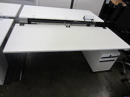 Schreibtisch 130 Cm Schreibtisch Elektrisch Kinnaps 200 X 80