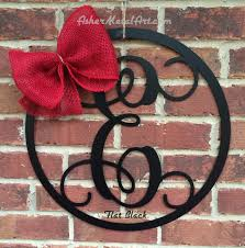 Monogram Letters Home Decor by 18 Metal Monogram Letter With Circle Border Wreath