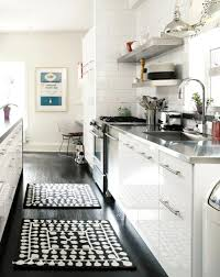 grand tapis de cuisine carrelage cuisine et tapis velours noir unique grand tapis cuisine