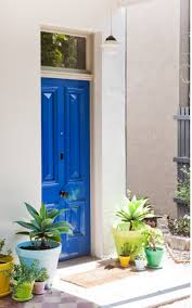 Kelly Green Door With Brass Hardware Interiors by Make A Dramatic First Impression 15 Painted Front Doors