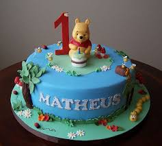winnie the pooh cakes 704 best disney s winnie the pooh and friends cakes images on