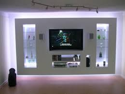 fernseher wand deko die besten 25 tv wand ideen auf tv wand wall tv wand