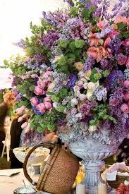 wedding wednesday big urns big arrangements flirty fleurs