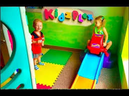 Ana White Diy Basement Indoor Playground With Monkey Bars Diy by As 25 Melhores Ideias De Kids Indoor Playground No Pinterest
