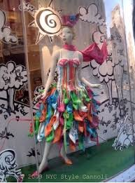 top 10 shoe window display ideas