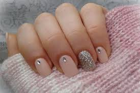 easy nail art glitter 15 easy nail art designs anyone can try