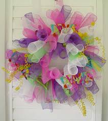 how to make a mesh wreath how to make a mesh wreath 30 diys with guide patterns