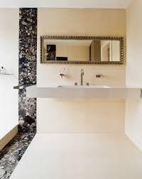 badezimmer fliesen elfenbein matt und glnzende fliesen kombinieren bad set feiern sie das