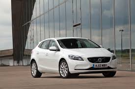 review volvo v40 2012 16 petrol t2 t5 and diesel d2 d3 u0026 d4