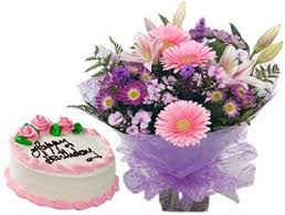 Flowers For Birthday What To Gift To Your Girlfriend On Her Birthday Online Florist