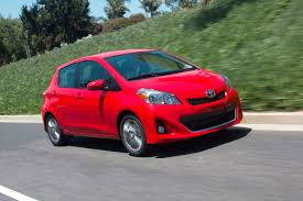 2013 toyota yaris photo gallery autoblog