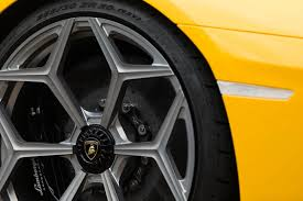 lamborghini aventador wheels novitec reveals tuned aventador sv on vossen wheels autoevolution