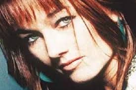 country singer with short hair lari white country singer and cast away actress dies at 52