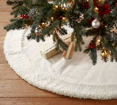 ivory velvet tree skirt with faux sheepskin border pottery barn