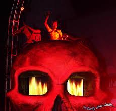 halloween horror nights busch gardens insanity lurks inside haunt review howl o scream at busch