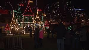 Milwaukee Lights Milwaukee Holiday Lights Festival Best Holiday 2017