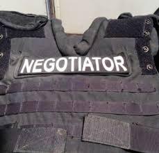 Seeking Text Negotiator The Crisis Negotiator 2017