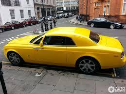 yellow rolls royce rolls royce phantom coupé 16 august 2014 autogespot
