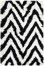 Black And White Chevron Rug Black White Chevron Rug How To Make A Statement With Black And