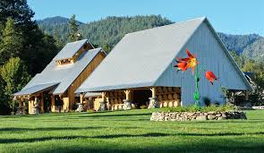 Pole Barns Oregon Red Lily Vineyards A Luxury Home For Sale In Jacksonville Oregon