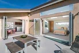 Modern Beach House by Modern Beach House Upmarket Photo