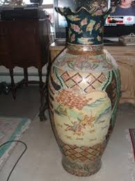 Outdoor Large Vases And Urns A Pair Of Large Chinese Urns Vases