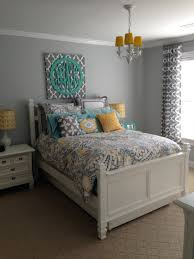 Grey Bedrooms Bedding Sets Colors That Go With Gray Walls Exciting Grey